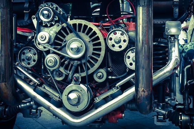 Изобретение первого двигателя
